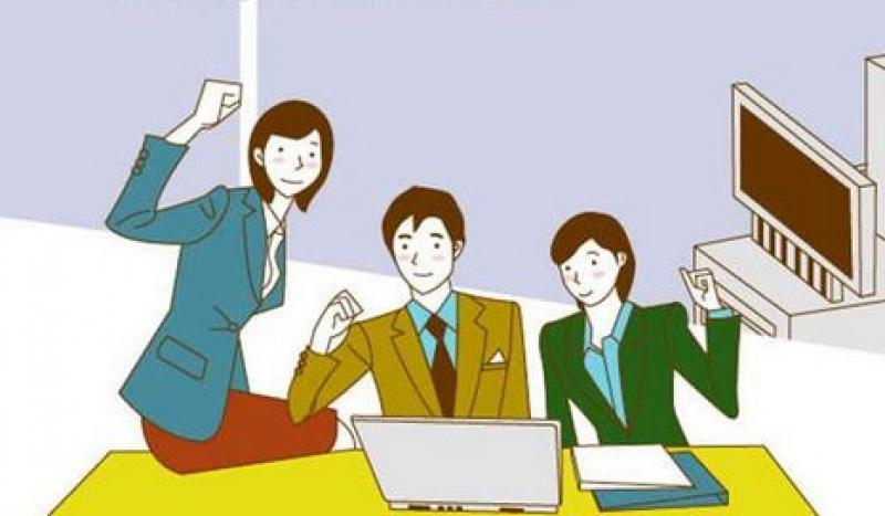 大学生毕业前是选择职业技能培训,还是还是加入公司做一个实习生?