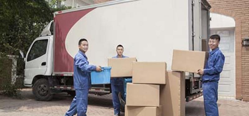 【大众一家服务快车】找厢式货车和面包车搬家时,我们应该注意哪些事项呢?