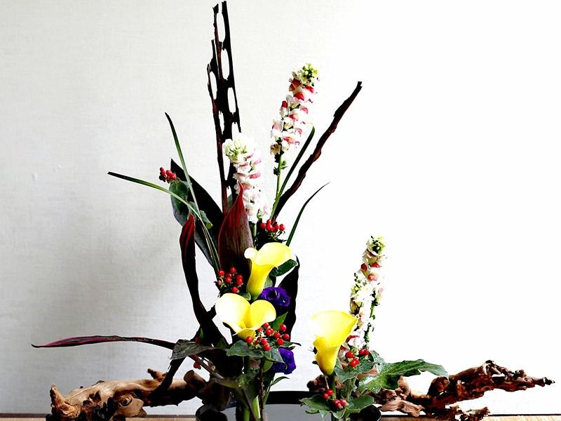 【中华传统花艺】中华传统花艺,如果有兴趣我们可以一起插花一起学习,个性服务>>手工艺品>>其他