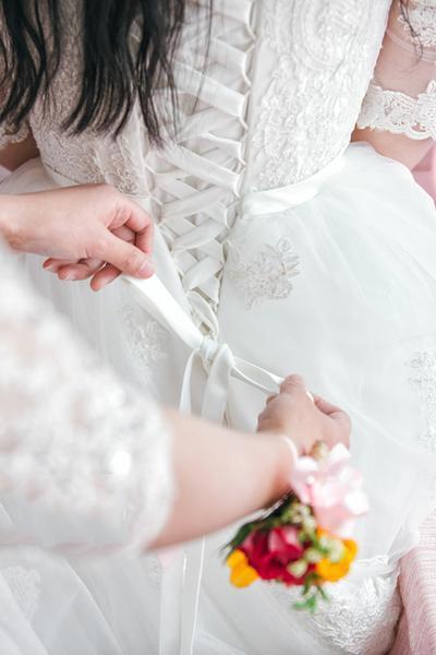 新娘婚纱礼服怎么定制 量身定制婚纱礼服6大要点!