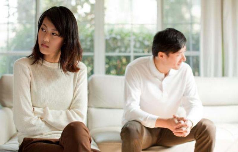 【来一碗小仙女】结婚率持续走低,是因为年轻人不负责任?不,正好相反。