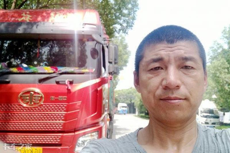 车货总重49吨油耗34升,卡车司机:节油驾驶我还能做得更好