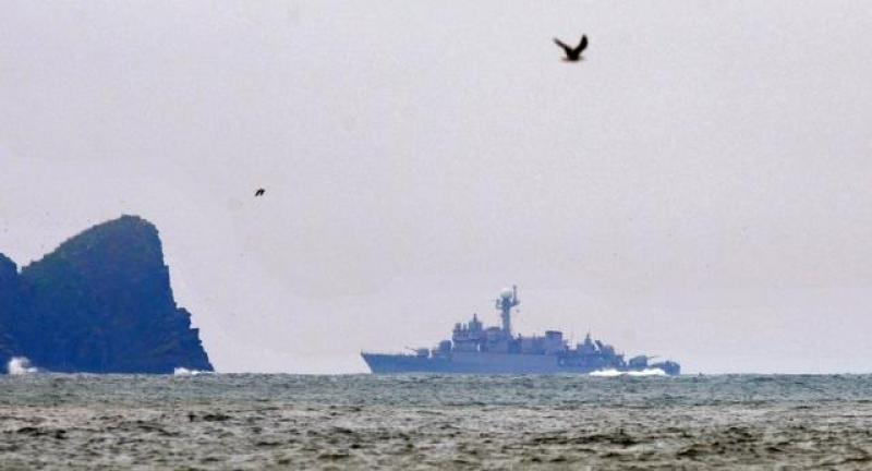 【深情款款小少爷】关键时刻,一支亚洲舰队驶向波斯湾海域,美发出警告:不要玩火