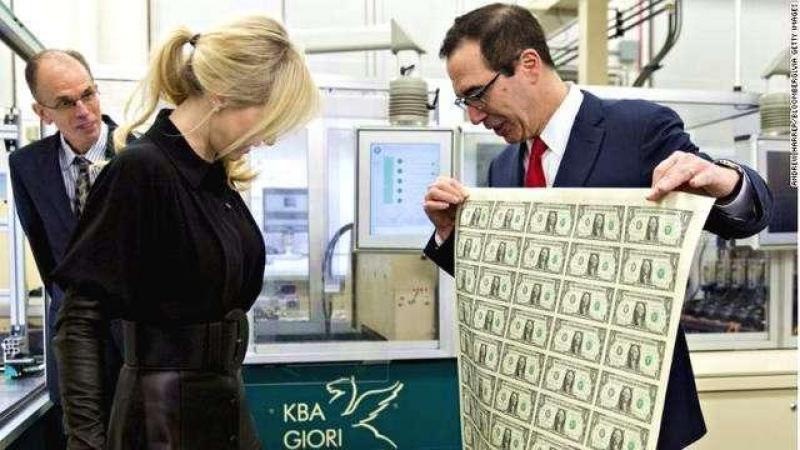 美国或正将万亿美元赤字风险转嫁9国,中国打破沉默发出黄金新信号