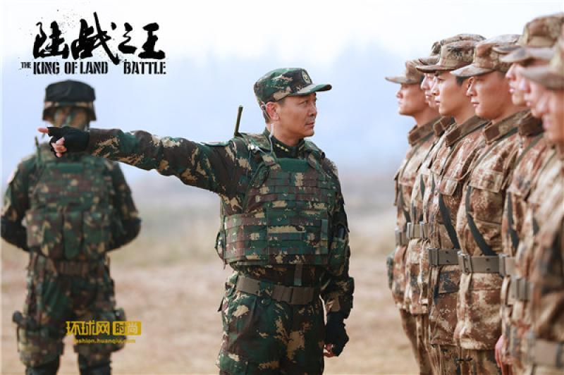 【那缕云后的阳光】吴樾《陆战之王》空降新兵连 网友:这才像训兵