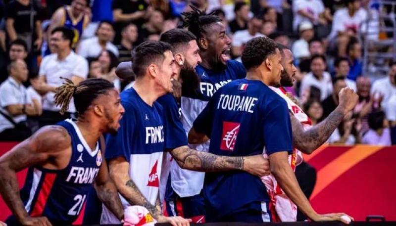 【蓝褶裙的姑娘】大冷门!美国男篮不敌法国,无缘世界杯四强