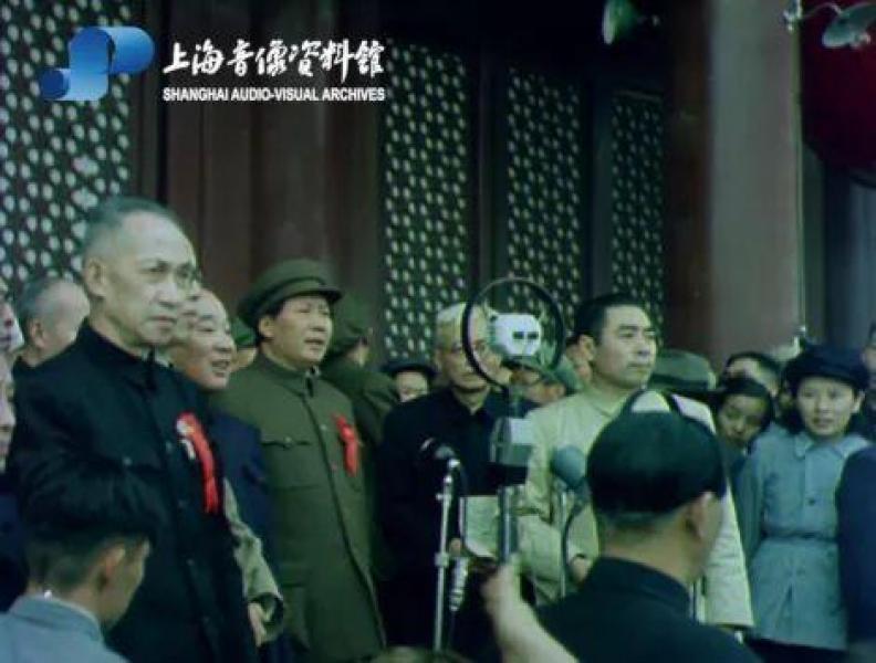 """【冷颜温柔冰寒天】""""彩色中国""""超清晰!开国大典彩色纪录片70年后重现"""