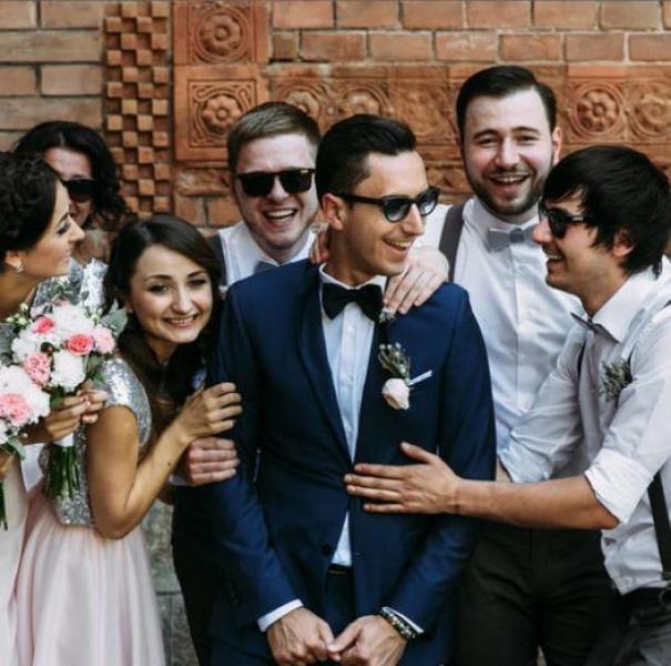 【绿创时代服务网】创意大气的结婚祝福语有哪些 朋友婚礼贺词推荐