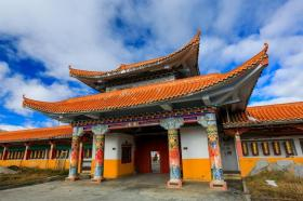 【哥特试传说】木雅金塔,宁玛派六大佛寺之一,建造时共用了一百多公斤黄金