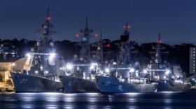 【人美性子野】海上自卫队真正实力:横须贺港一角6军舰扎堆