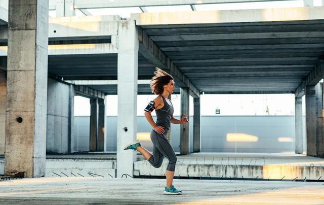 体重基数大,怕运动伤害关节,该如何减肥?其实这些运动你都能做