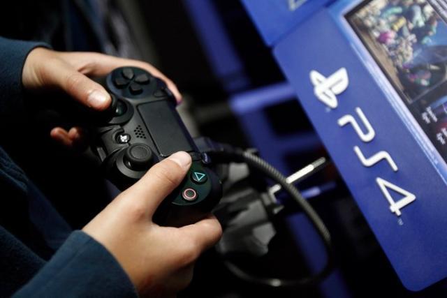 索尼 PS4 累计销量达 1.028 亿台,成史上第二畅销游戏主
