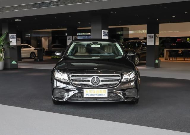 新款奔驰E级正式上市 售44.28-62.38万