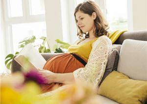 孕妈知识宝库:孕妈知识宝库为中国千万母婴群体提供怀孕育儿知识、孕育经验交流、免费线上线下亲子活动、免费母婴用品体验、全方位母婴生活服务的专业母婴生活社区。