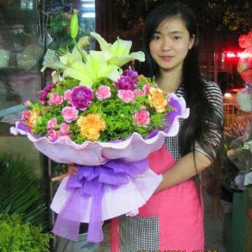 鲜花植物租赁、办公室绿植、别墅园林、庆典花篮、花坛