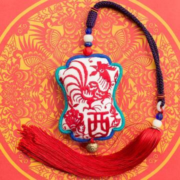 王的手创 鸡年手工刺绣汽车挂件 商务礼品中国风礼物特色手工艺品