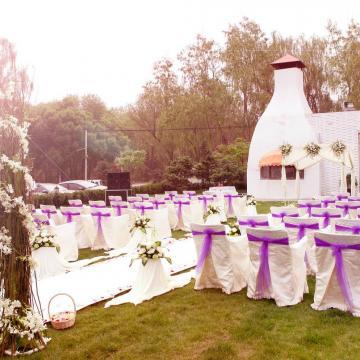 高端草坪婚礼9999打造完美婚礼无隐形消费