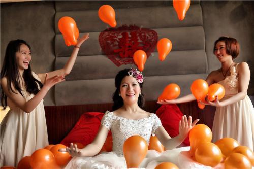 【杭州爱尚庆典策划有限公司】婚礼跟拍 一人单机:1300元/10小时超时100元/小时_婚庆庆典 >> 庆典摄影 >> 婚礼跟拍