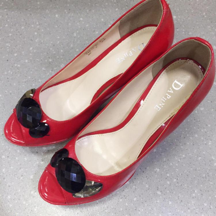 【51度的深蓝】达芙妮高跟鞋 全新_二手市场>>服饰鞋帽>>女鞋